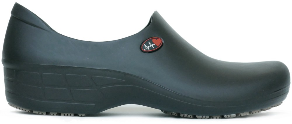 610e65110bba Slip-resistant Waterproof Nursing Shoes Heart - Black - KeepNursing .com